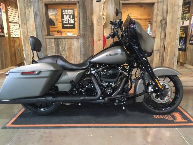 2019 Harley-Davidson Street Glide® Special in Kingwood, Texas - Photo 1