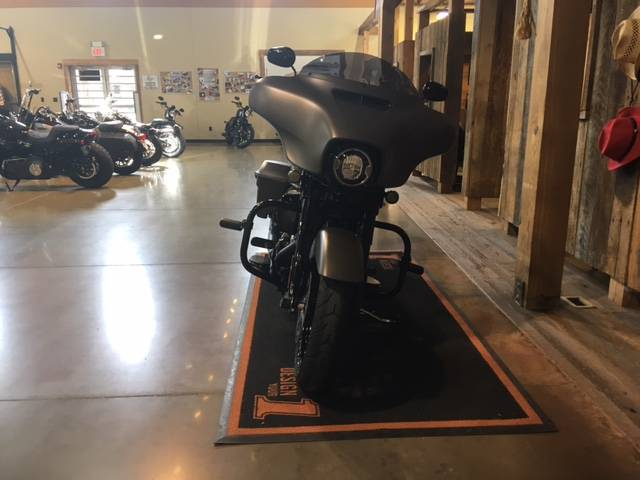 2019 Harley-Davidson Street Glide® Special in Kingwood, Texas - Photo 3