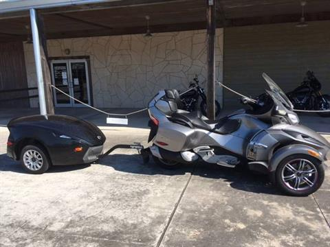 2012 Can-Am Spyder® RT Audio & Convenience SE5 in Kingwood, Texas - Photo 1