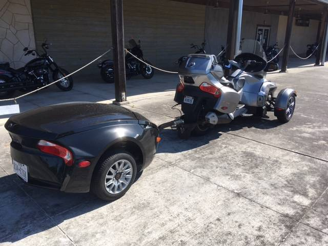 2012 Can-Am Spyder® RT Audio & Convenience SE5 in Kingwood, Texas - Photo 4