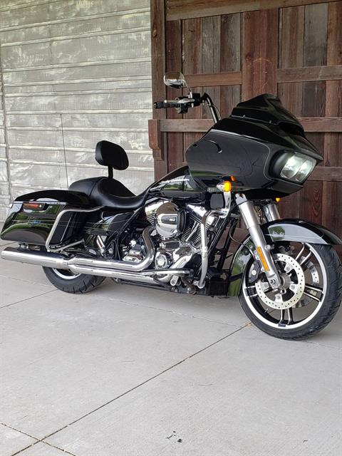 2015 Harley-Davidson Road Glide® Special in Kingwood, Texas - Photo 2