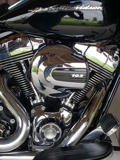 2015 Harley-Davidson Road Glide® Special in Kingwood, Texas - Photo 10