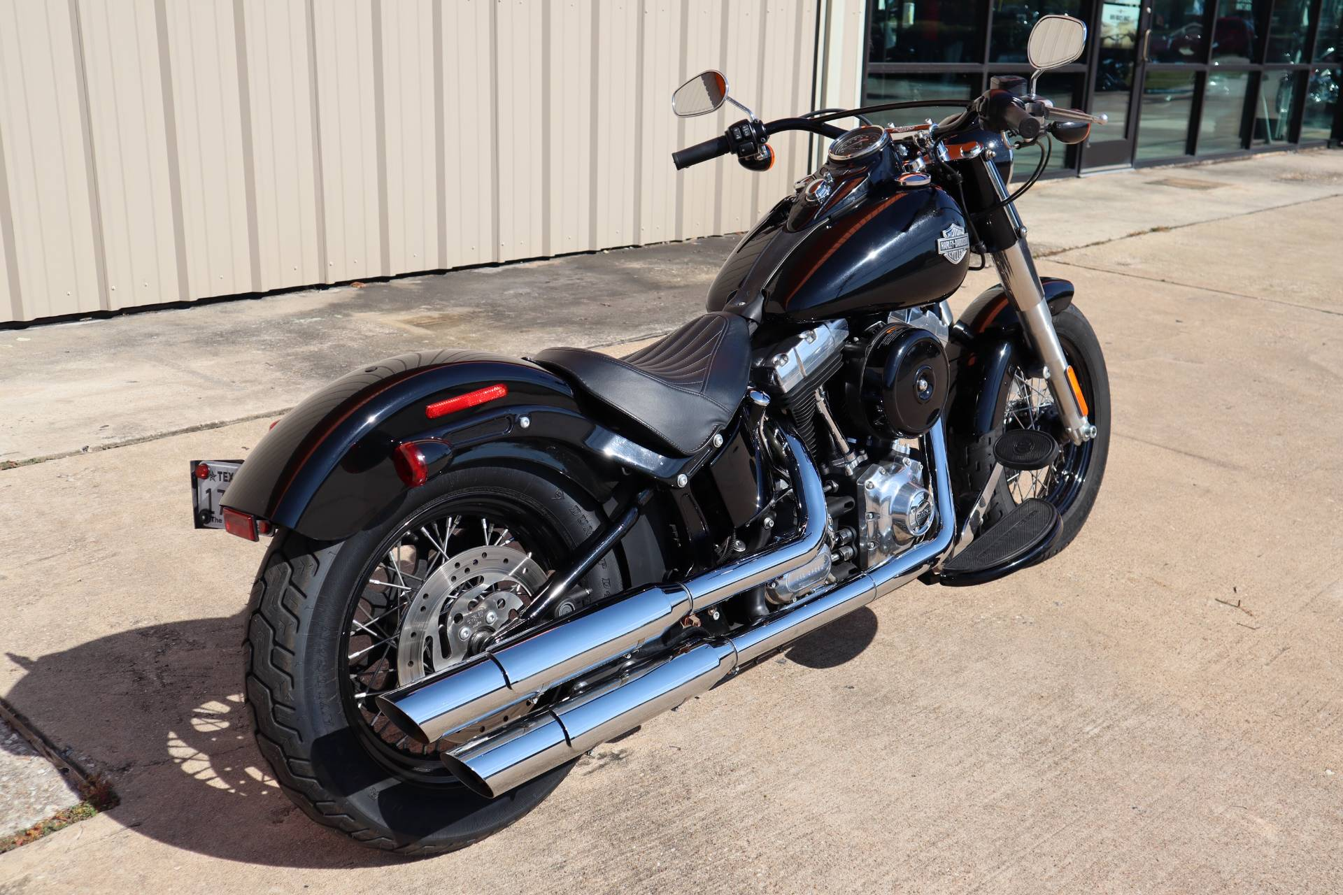 2015 Harley-Davidson Softail Slim® in Conroe, Texas - Photo 2