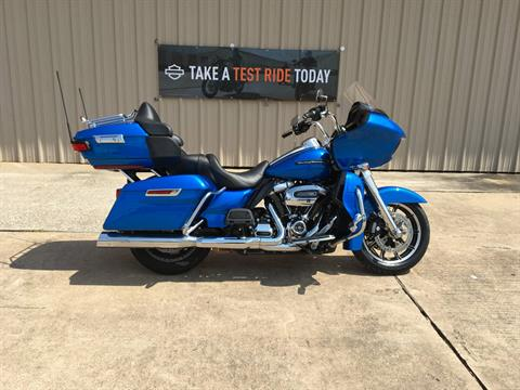 2018 Harley-Davidson Road Glide® Ultra in Conroe, Texas - Photo 1