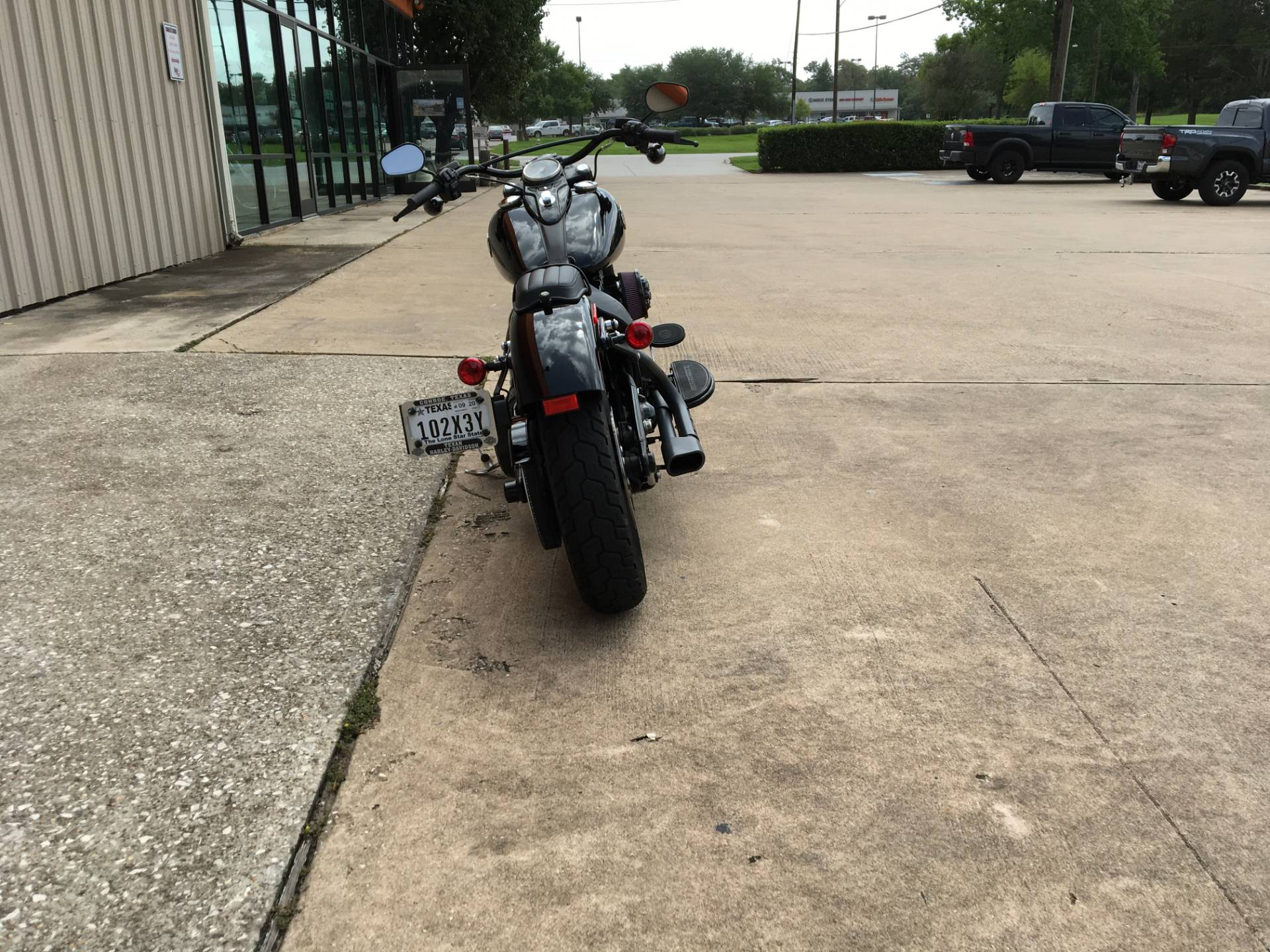 2017 Harley-Davidson Softail Slim® S in Conroe, Texas - Photo 5