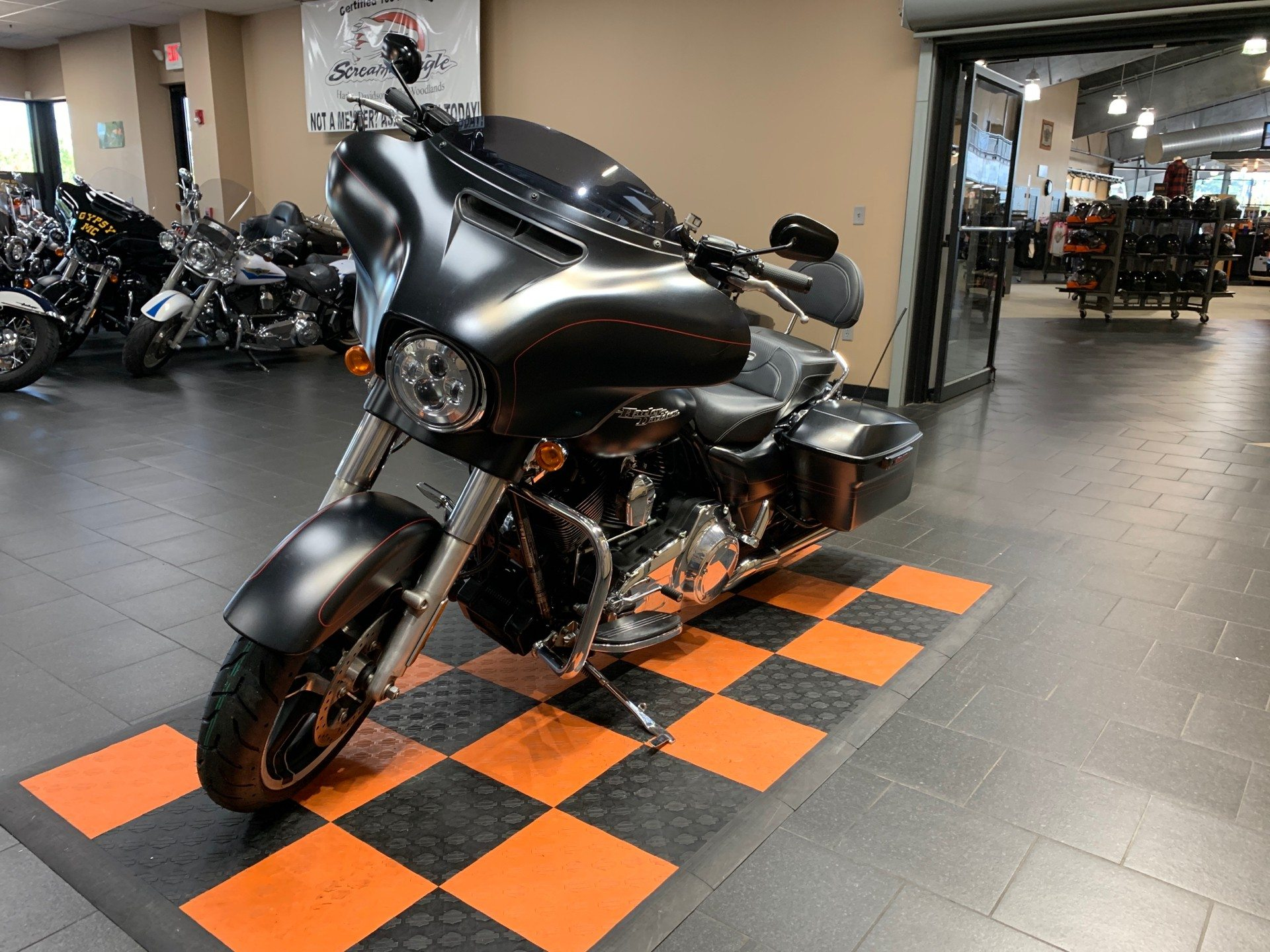 2014 Harley-Davidson Street Glide® Special in The Woodlands, Texas - Photo 3