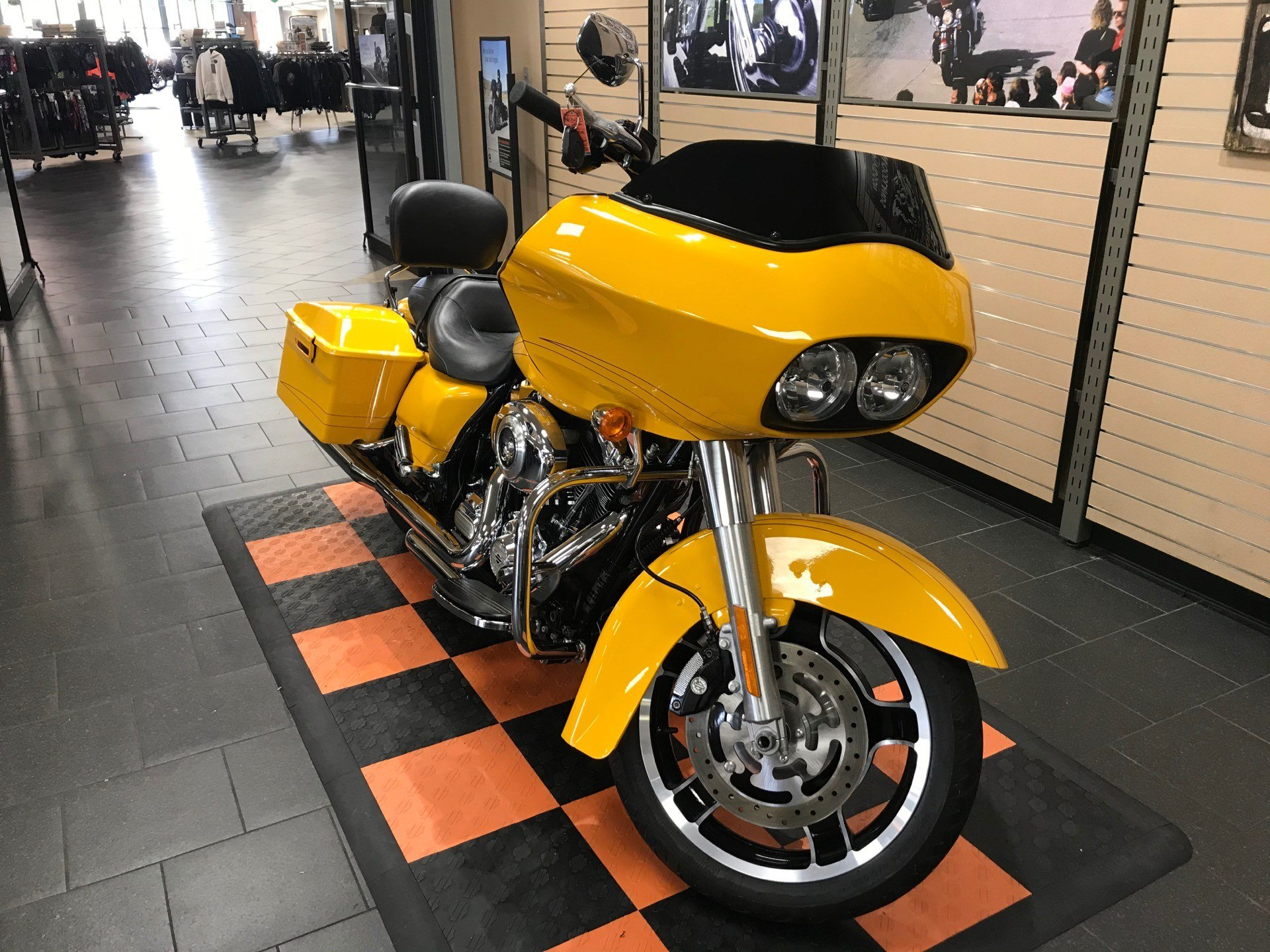 2012 Harley-Davidson Road Glide® Custom in The Woodlands, Texas - Photo 2