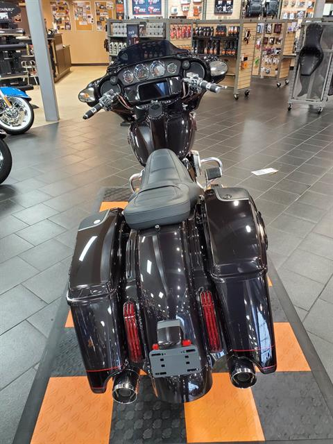 2020 Harley-Davidson CVO™ Street Glide® in The Woodlands, Texas - Photo 4