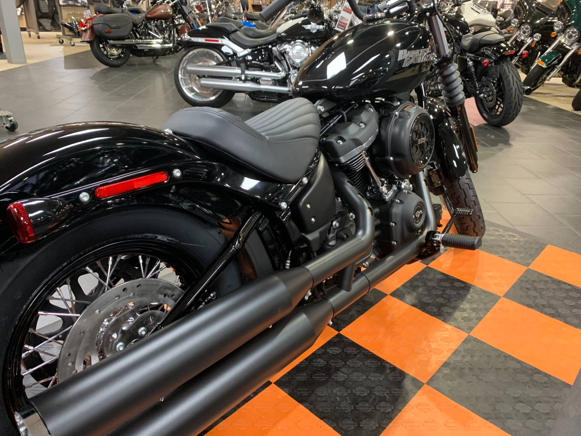 2020 Harley-Davidson Street Bob® in The Woodlands, Texas - Photo 5