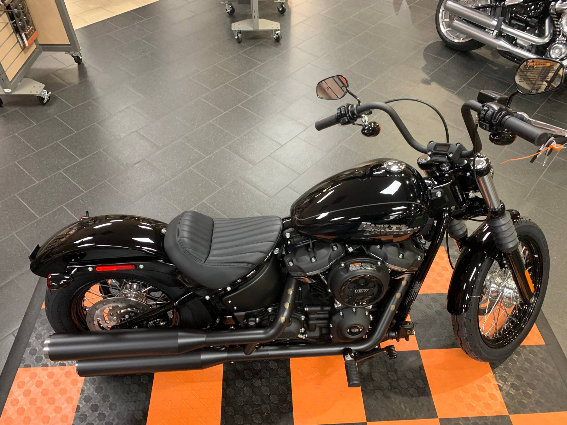 2020 Harley-Davidson Street Bob® in The Woodlands, Texas - Photo 6