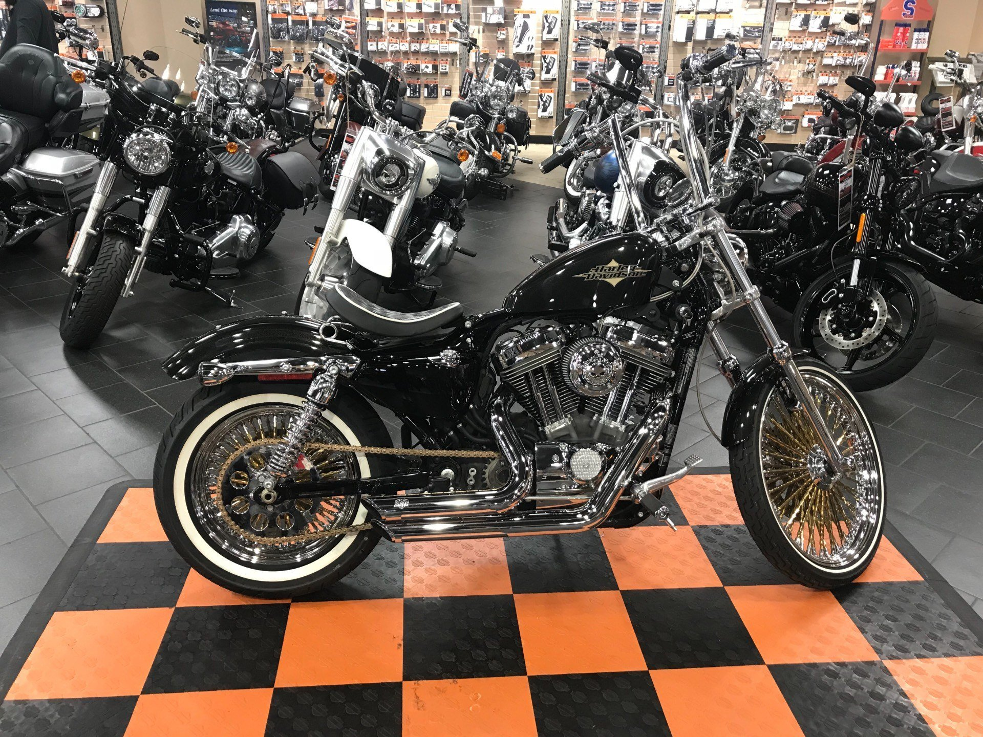 2016 Harley-Davidson Seventy-Two® in The Woodlands, Texas - Photo 2