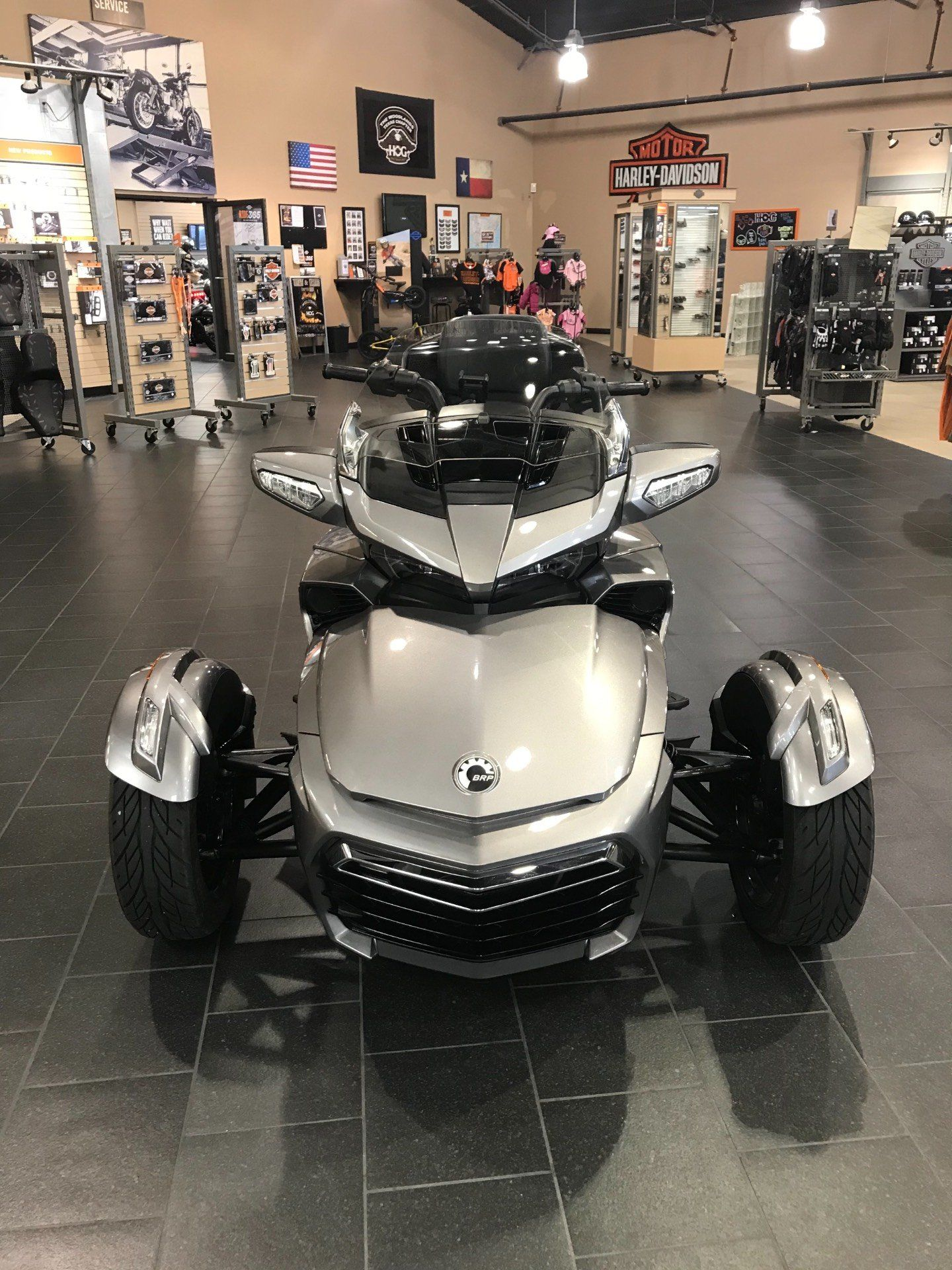 2017 Can-Am Spyder F3 Limited in The Woodlands, Texas - Photo 3