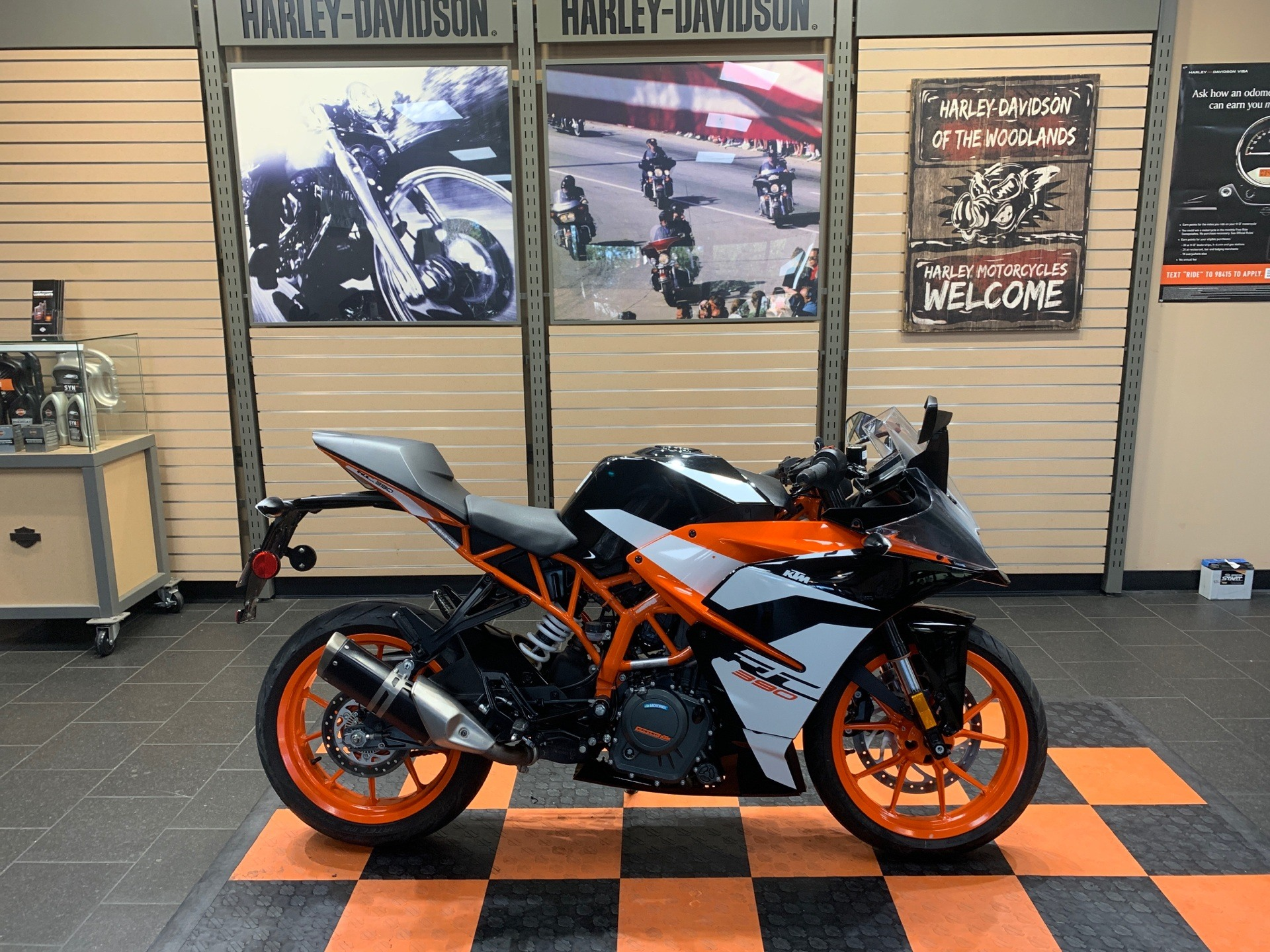 2018 KTM RC 390 in The Woodlands, Texas - Photo 1