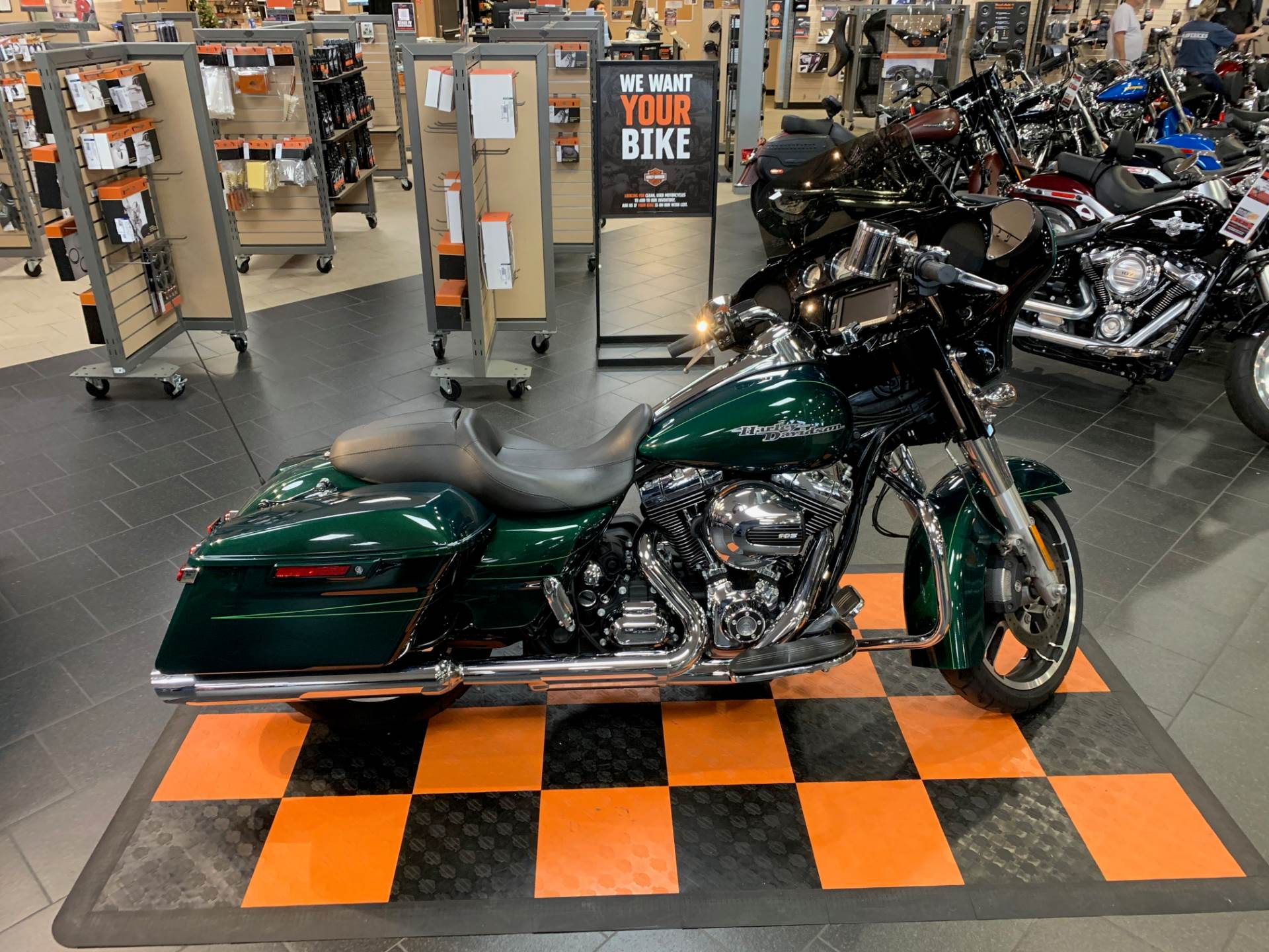 2016 Harley-Davidson Street Glide® Special in The Woodlands, Texas - Photo 1