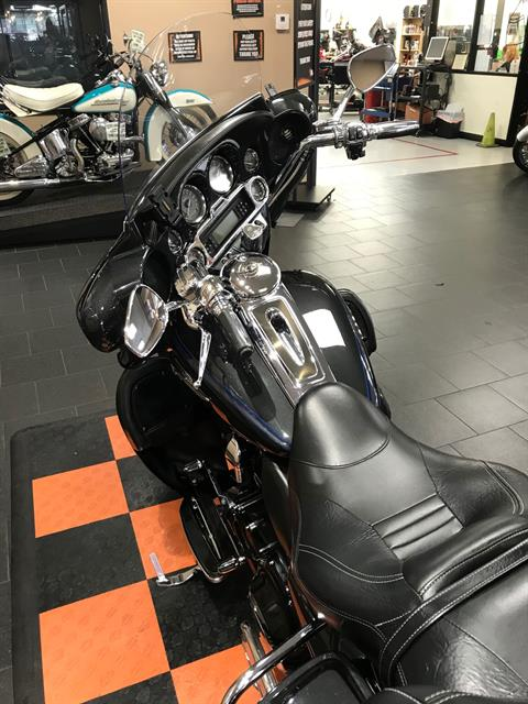 2013 Harley-Davidson CVO™ Ultra Classic® Electra Glide® 110th Anniversary Edition in The Woodlands, Texas - Photo 6