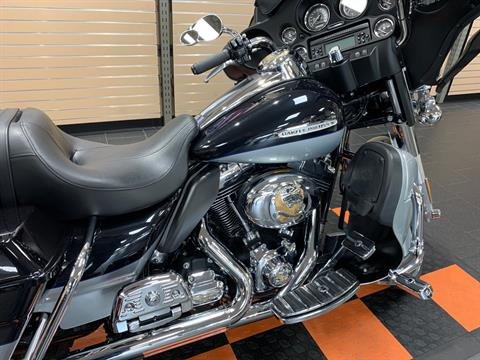 2012 Harley-Davidson Electra Glide® Ultra Limited in The Woodlands, Texas - Photo 6