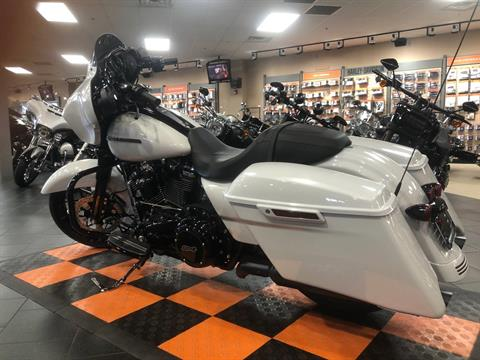 2020 Harley-Davidson Street Glide® Special in The Woodlands, Texas - Photo 2