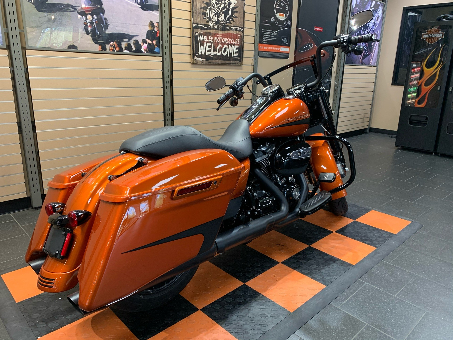 2019 Harley-Davidson Road King® Special in The Woodlands, Texas - Photo 7