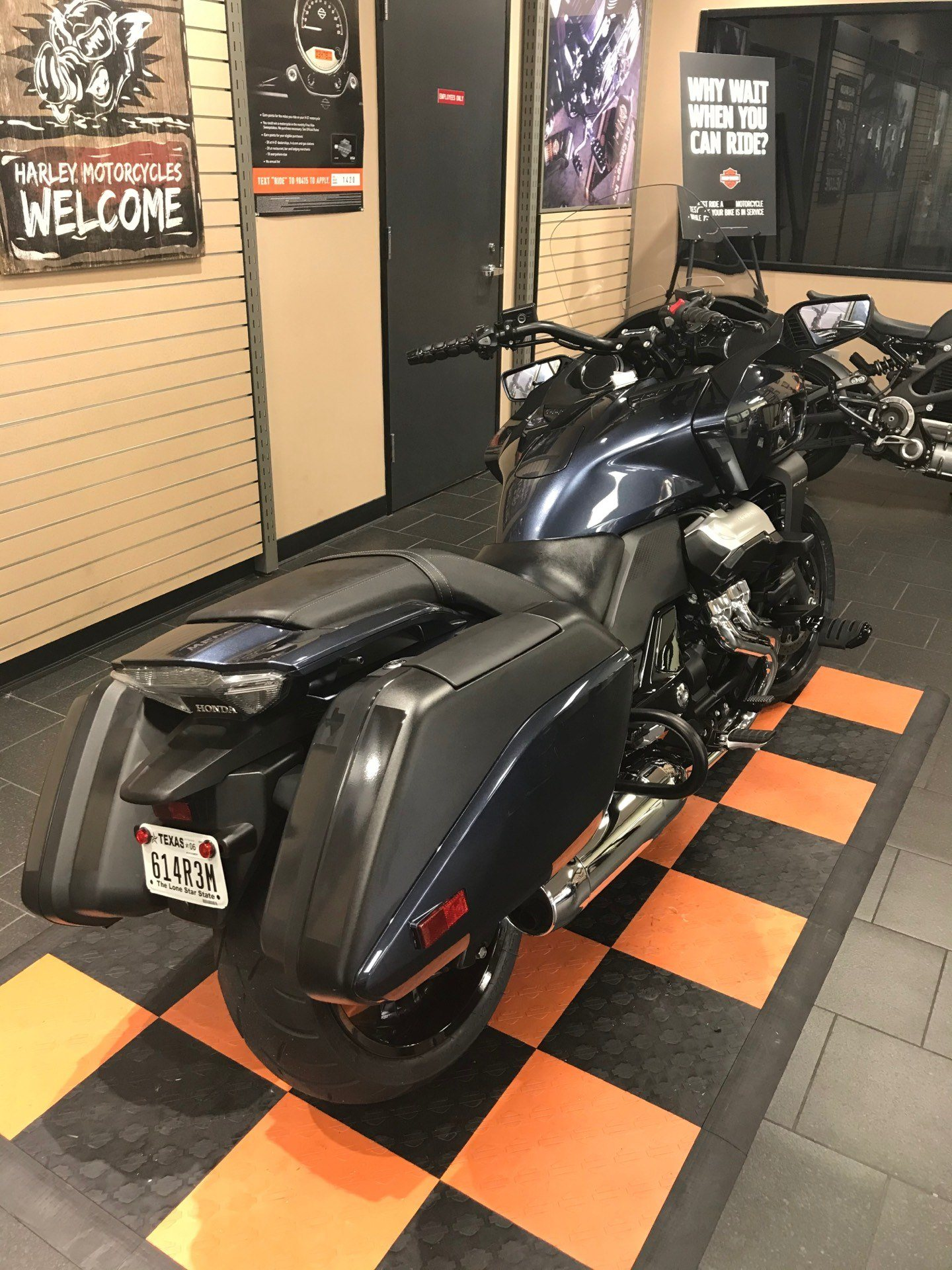 2014 Honda CTX®1300 Deluxe in The Woodlands, Texas - Photo 5