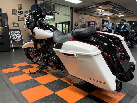 2021 Harley-Davidson CVO™ Street Glide® in The Woodlands, Texas - Photo 4