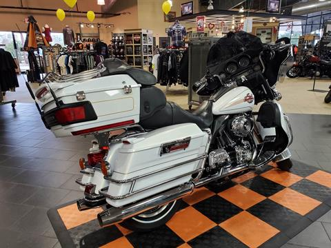 2007 Harley-Davidson Ultra Classic® Electra Glide® in The Woodlands, Texas - Photo 5