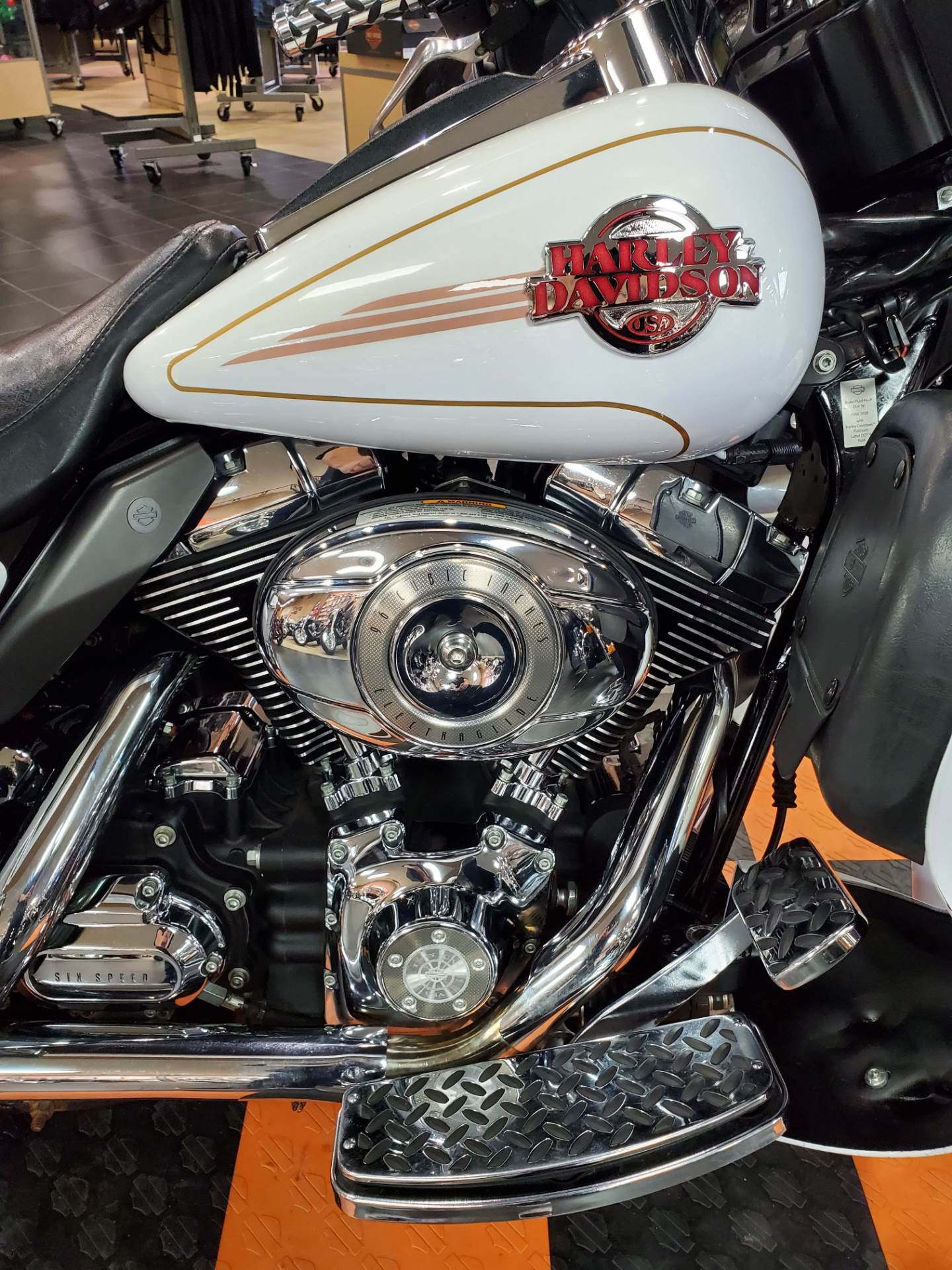 2007 Harley-Davidson Ultra Classic® Electra Glide® in The Woodlands, Texas - Photo 7