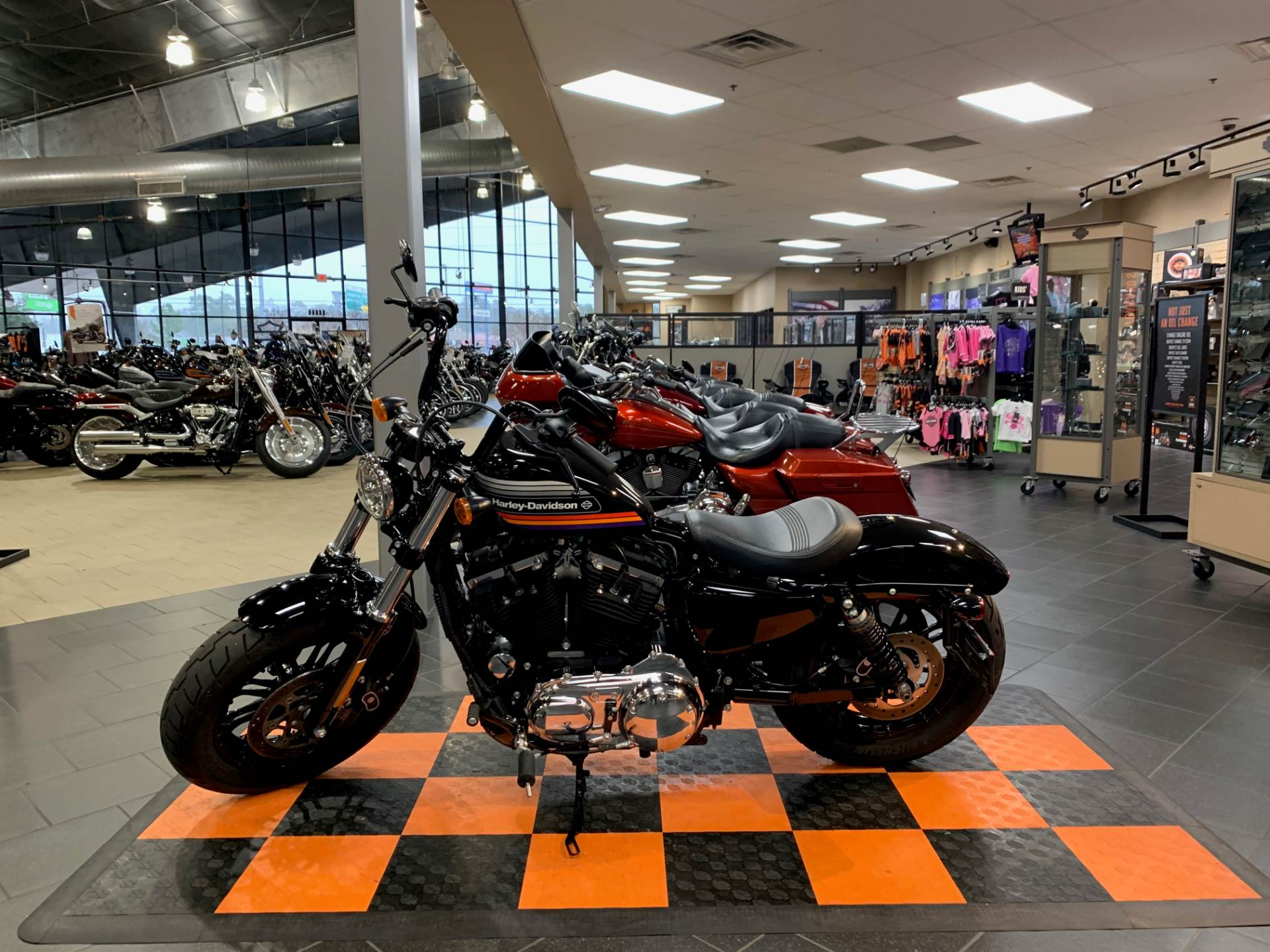 2018 Harley-Davidson Forty-Eight® Special in The Woodlands, Texas - Photo 3