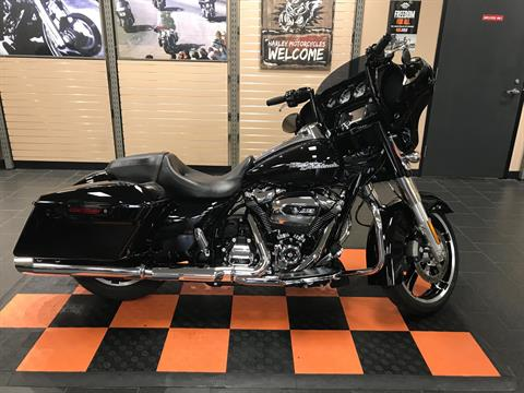 2017 Harley-Davidson Street Glide® Special in The Woodlands, Texas - Photo 1