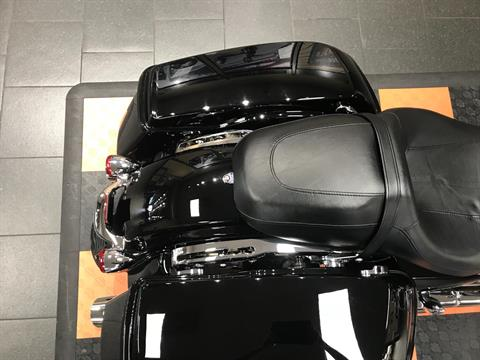 2017 Harley-Davidson Street Glide® Special in The Woodlands, Texas - Photo 12