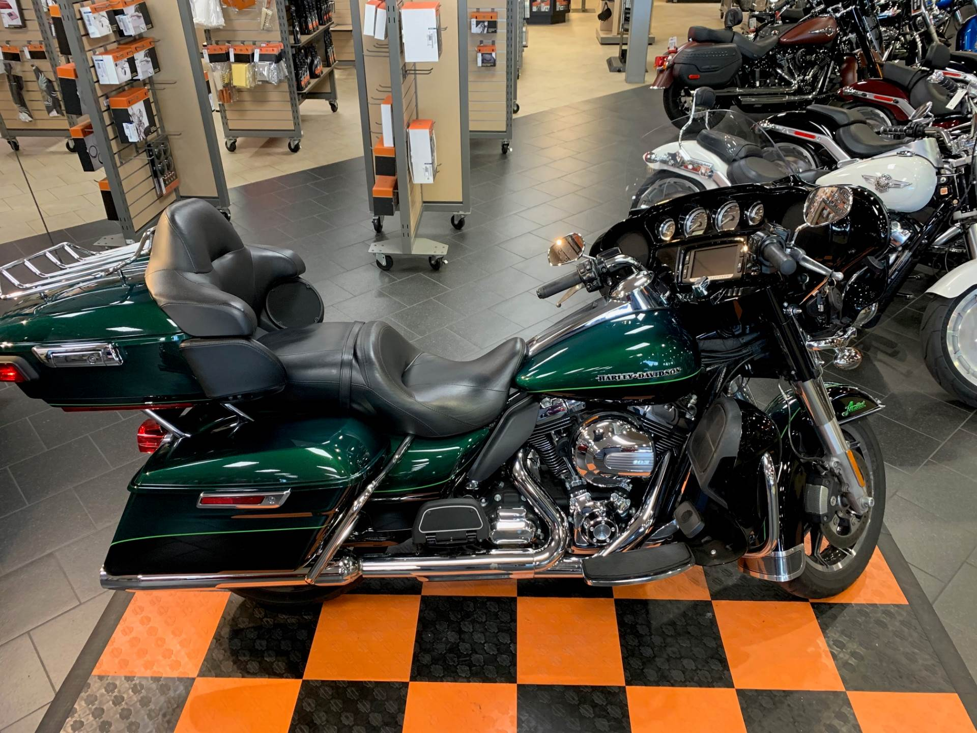 2015 Harley-Davidson Ultra Limited in The Woodlands, Texas - Photo 7