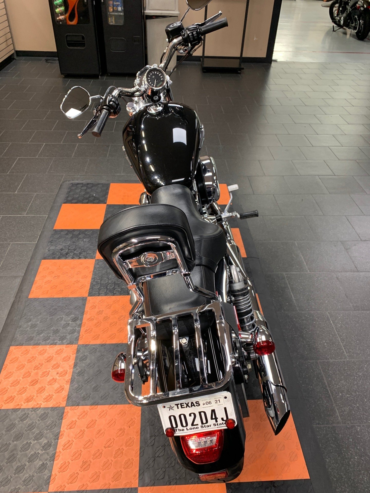 2014 Harley-Davidson SuperLow® 1200T in The Woodlands, Texas - Photo 5
