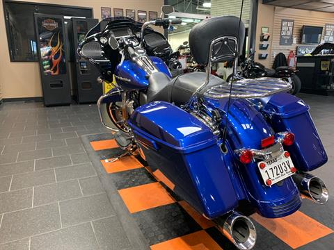 2017 Harley-Davidson Road Glide® Special in The Woodlands, Texas - Photo 4