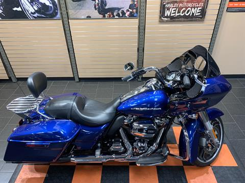 2017 Harley-Davidson Road Glide® Special in The Woodlands, Texas - Photo 8