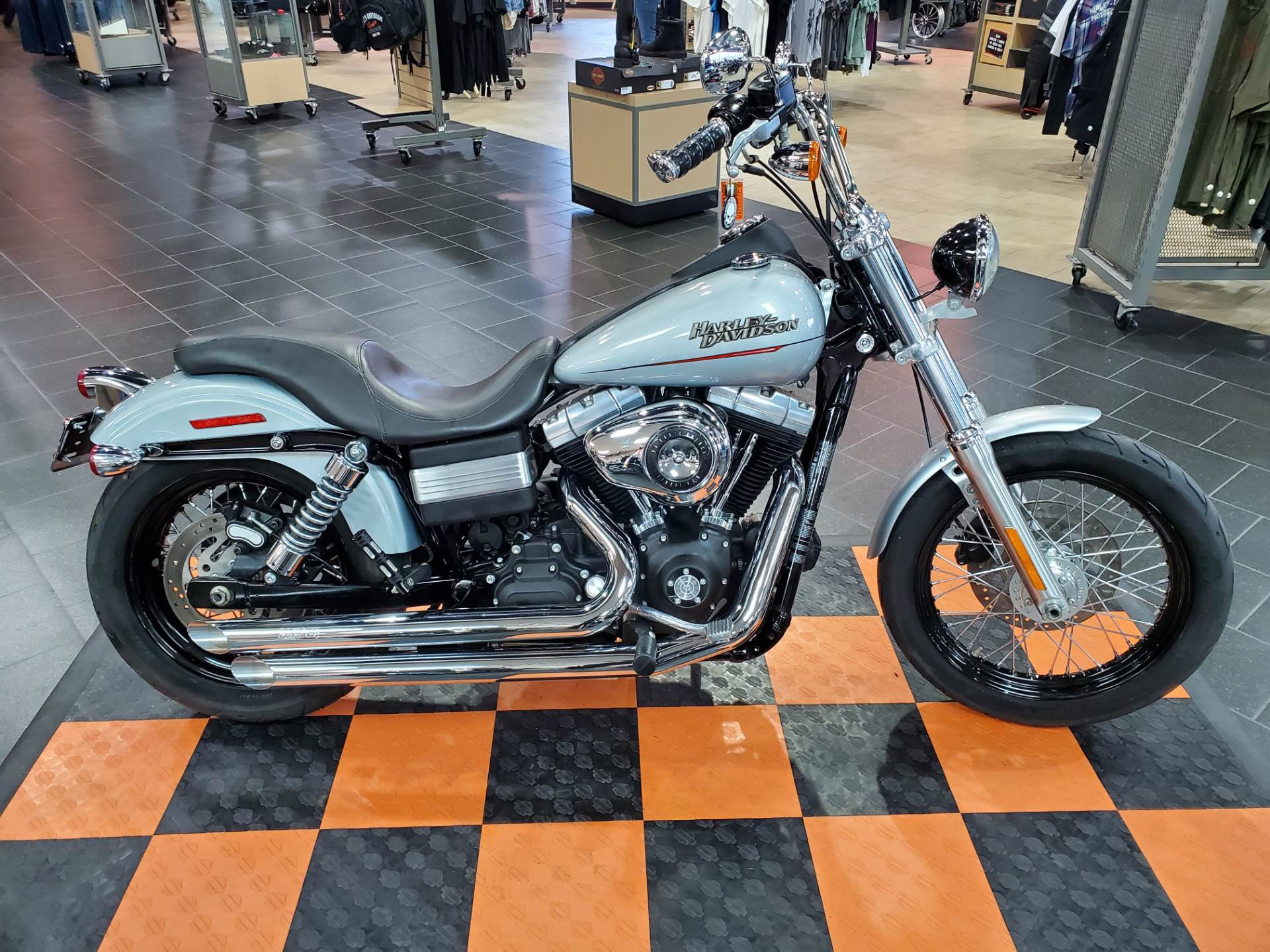 2011 Harley-Davidson Dyna® Street Bob® in The Woodlands, Texas - Photo 1