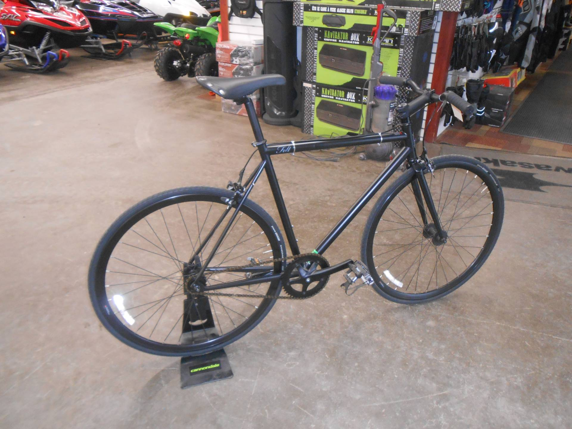 2015 Other Felt Brougham 54cm Singlespeed or Fixed Gear in Howell, Michigan - Photo 9