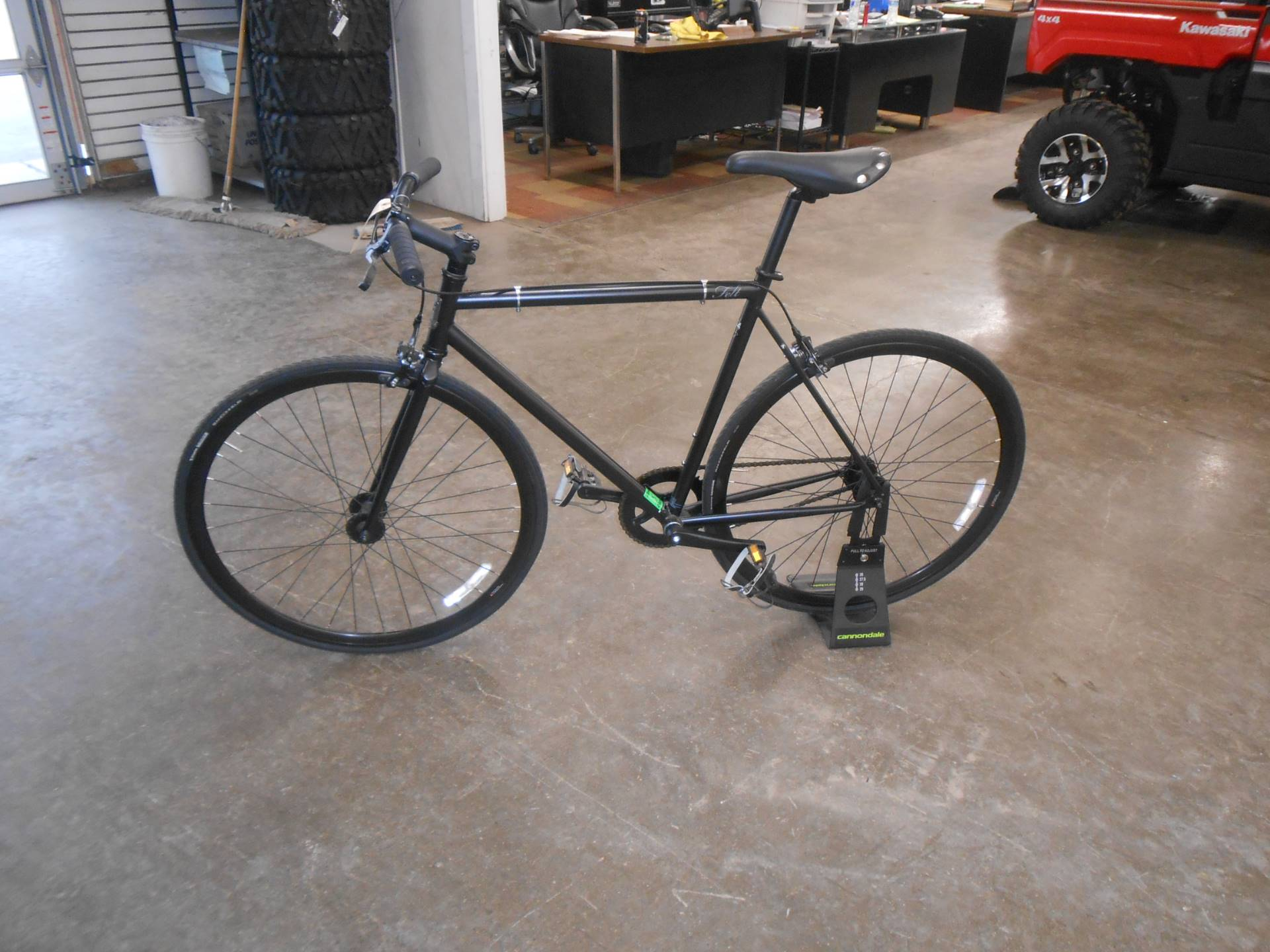 2015 Other Felt Brougham 54cm Singlespeed or Fixed Gear in Howell, Michigan - Photo 10