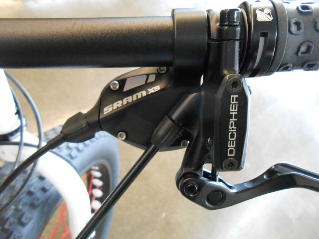 2014 Cannondale Charge Cooker Maxi Fat Tire bike in Howell, Michigan - Photo 11