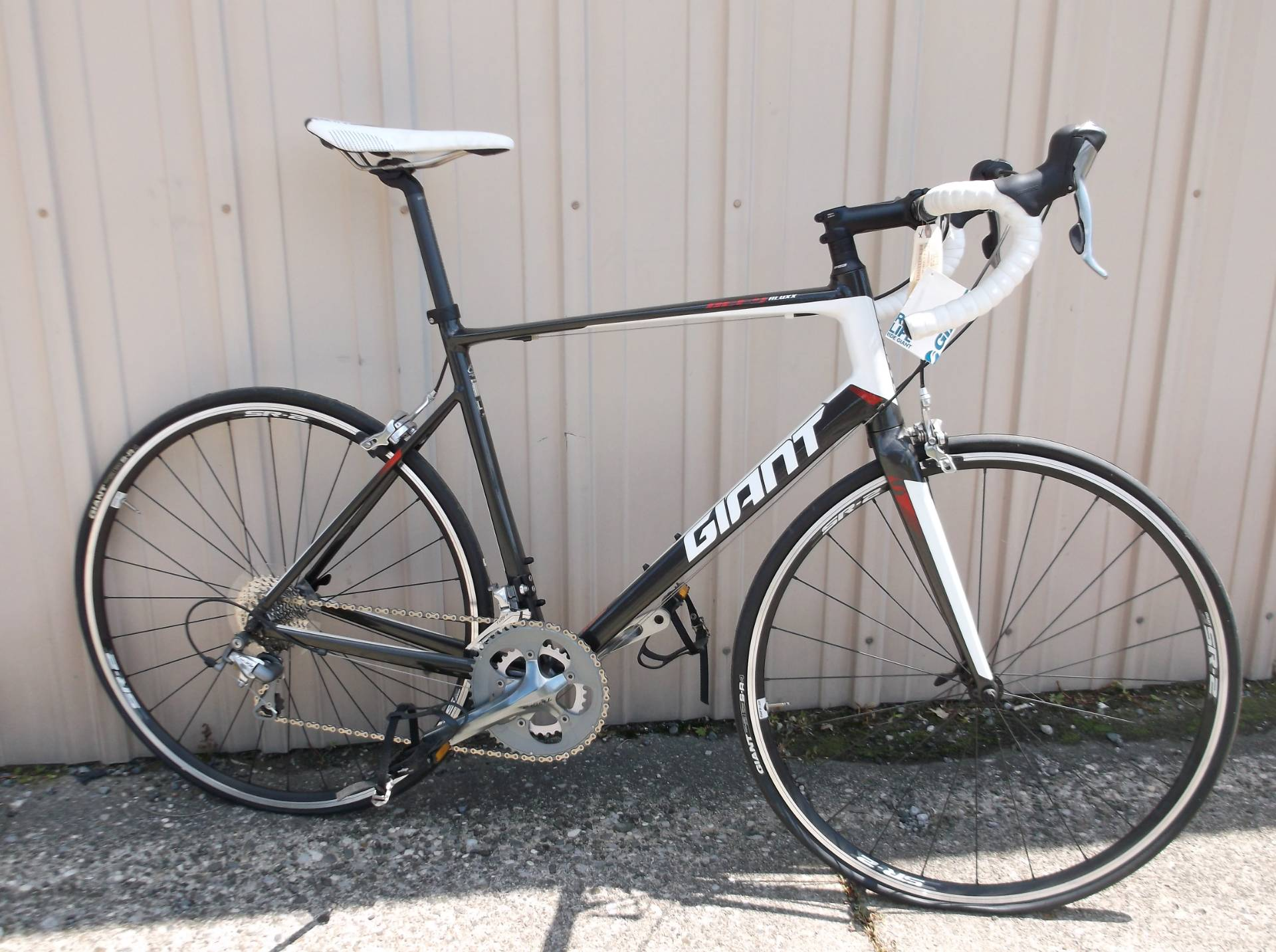 2015 Other Giant Defy 2 Large in Howell, Michigan
