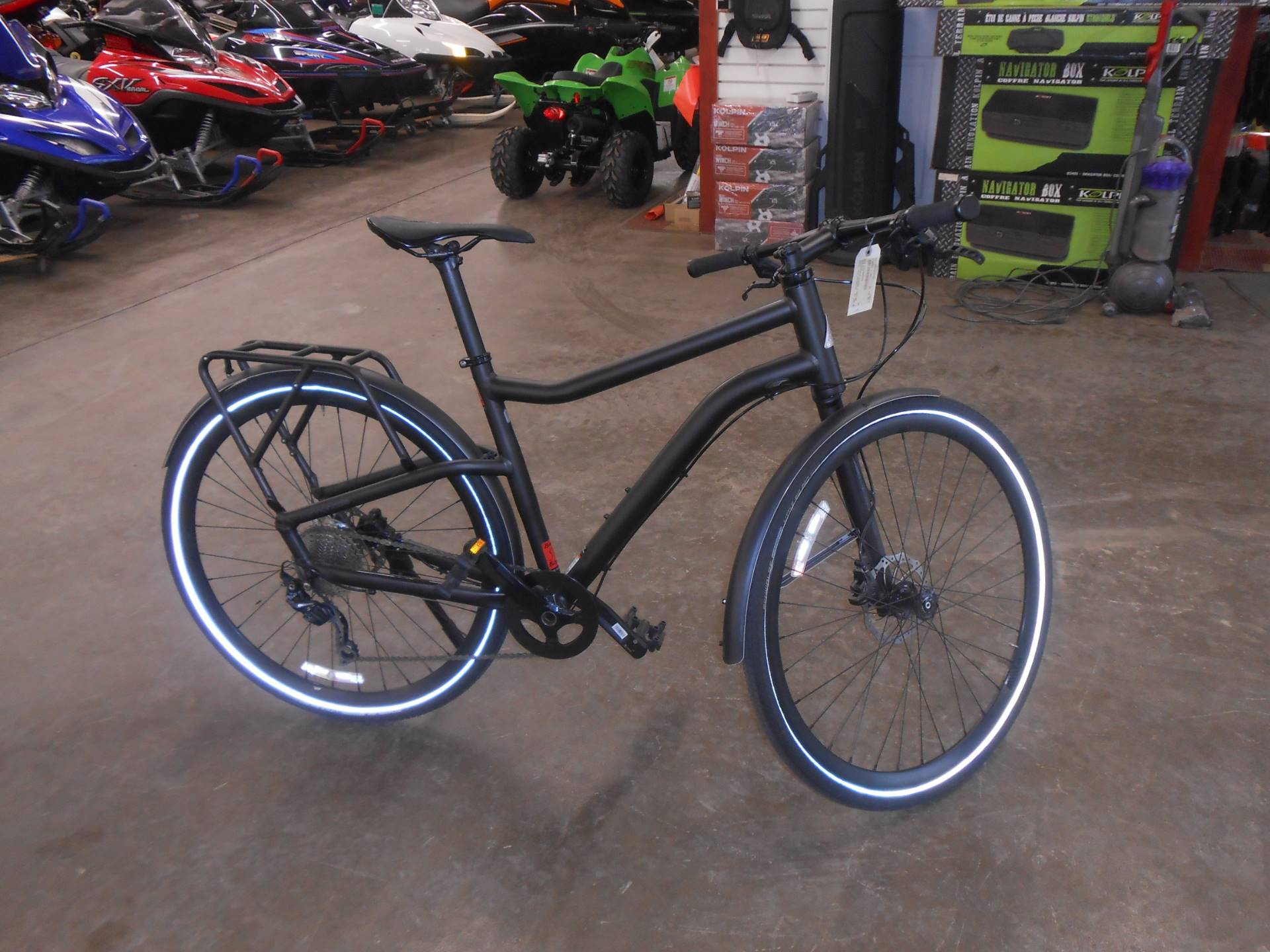 2015 Cannondale Contro 3 Med in Howell, Michigan - Photo 3