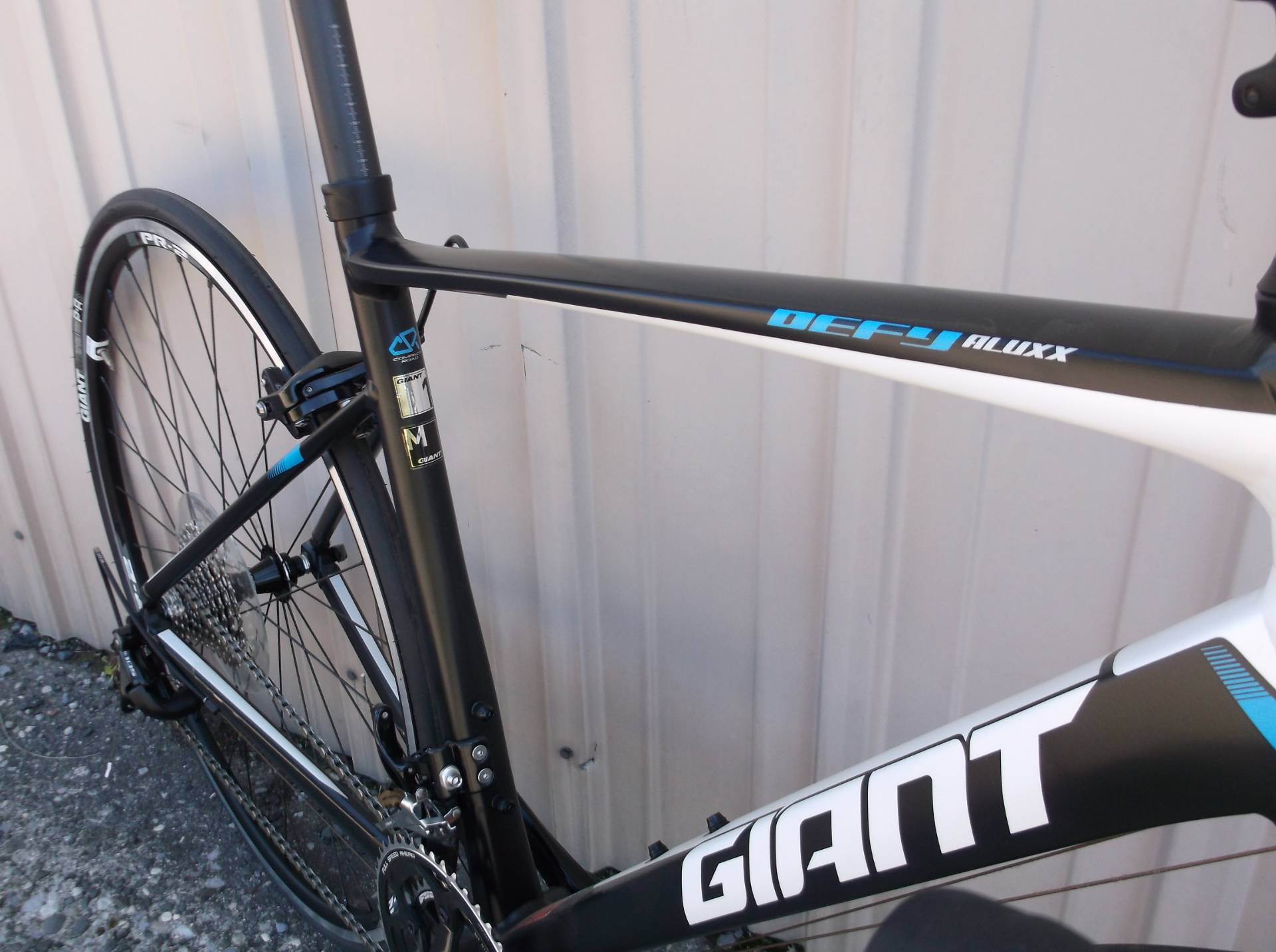 2015 Other Giant Defy 1 Medium Shimano 11 speed in Howell, Michigan