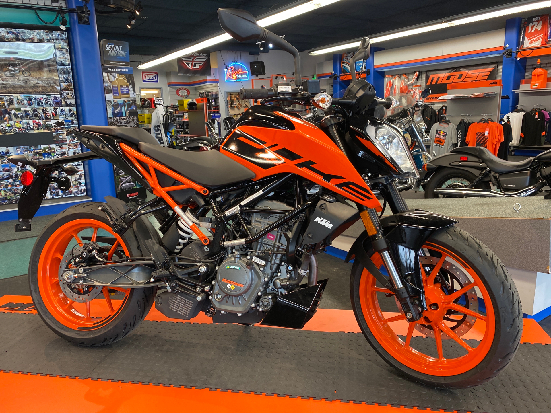 2021 KTM 200 Duke in Hobart, Indiana - Photo 1