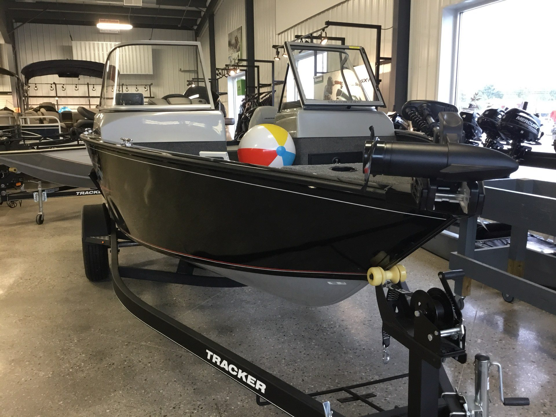 2019 Tracker Pro Guide V-175 WT in Gaylord, Michigan - Photo 3