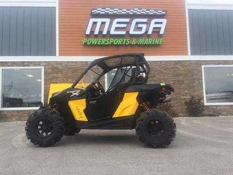2014 Can-Am Maverick™  1000R X mr in Gaylord, Michigan