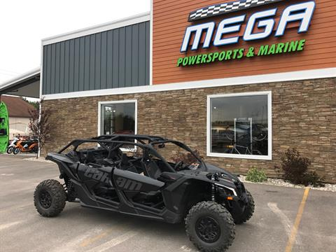2017 Can-Am Maverick X3 Max X ds Turbo R in Gaylord, Michigan
