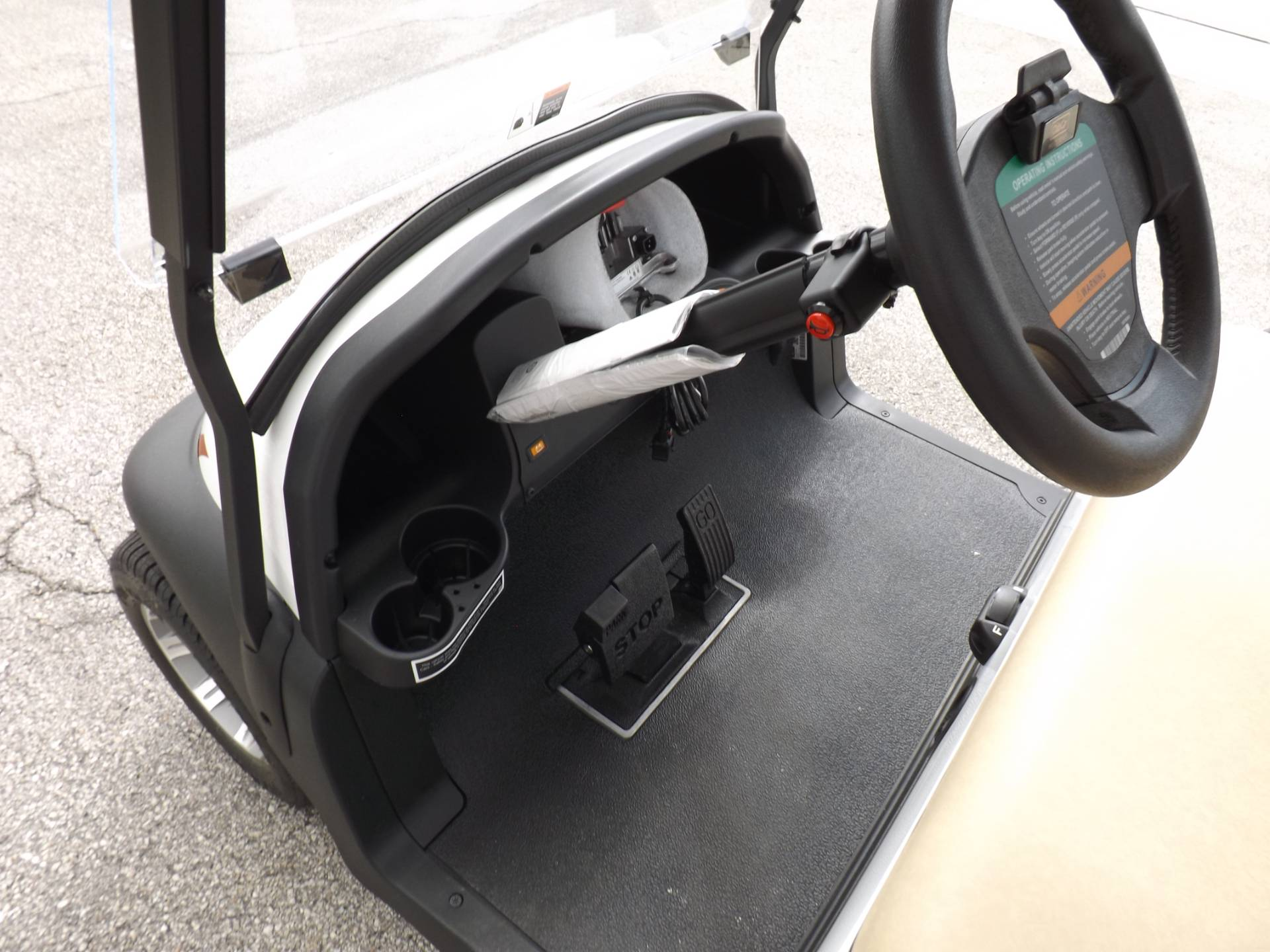 2021 Club Car Villager 2 Electric in Lakeland, Florida - Photo 7