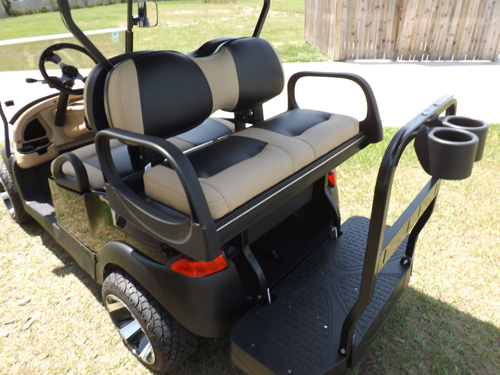 2018 Club Car Precedent i2 Electric in Lakeland, Florida - Photo 15