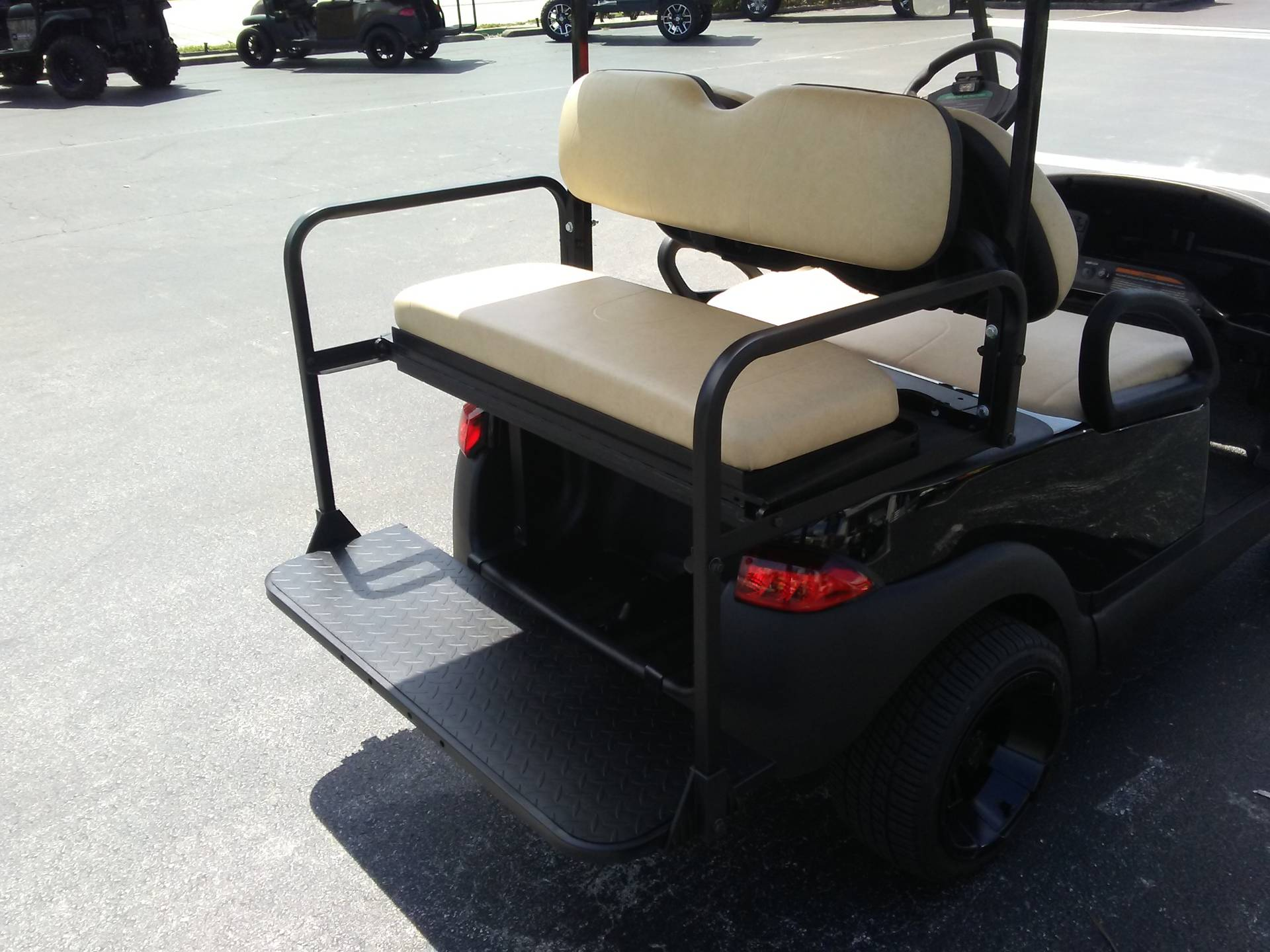 2018 Club Car Precedent i2 Electric in Lakeland, Florida - Photo 12