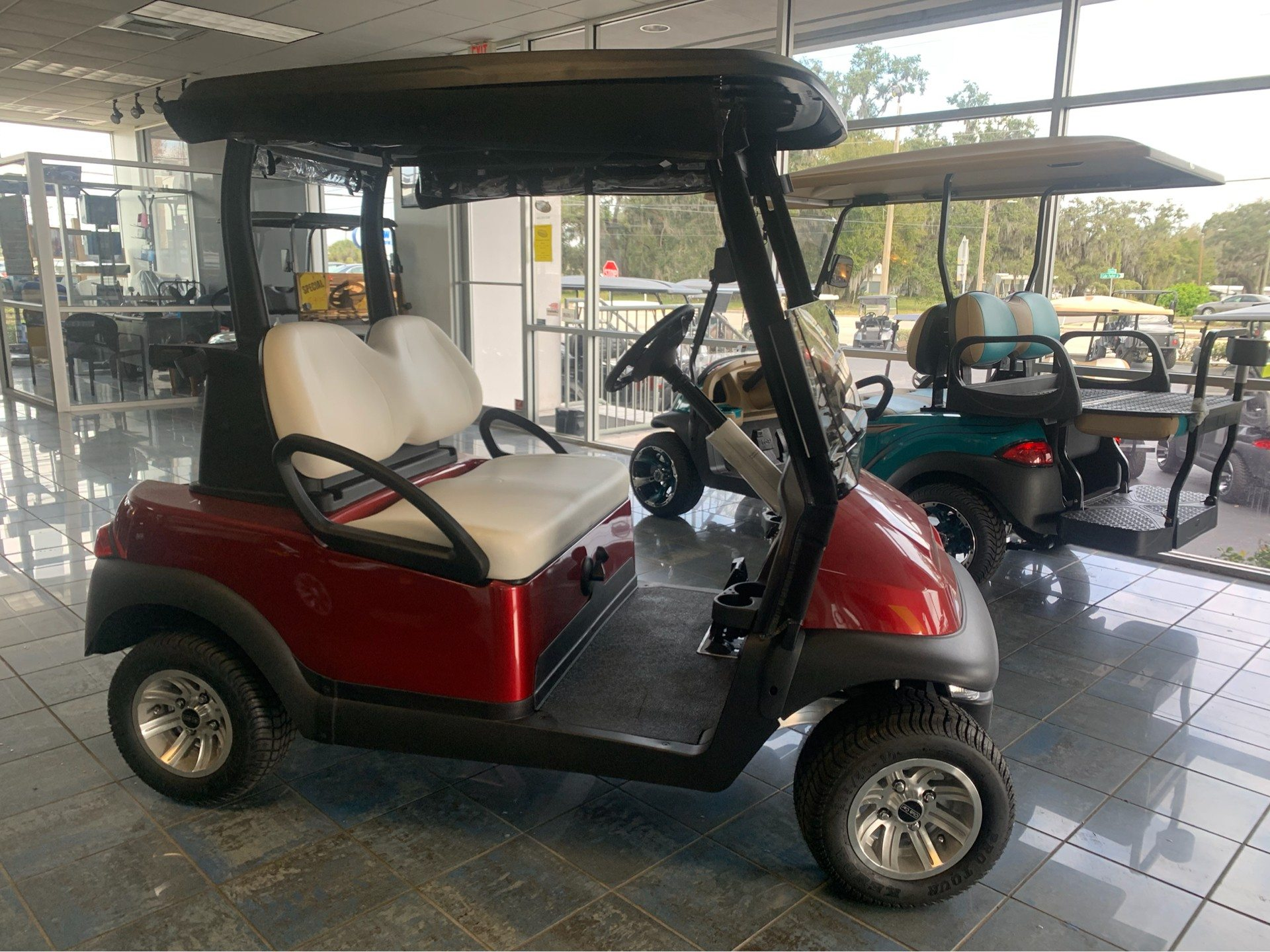 2018 Club Car Villager 2 Electric in Lakeland, Florida - Photo 3