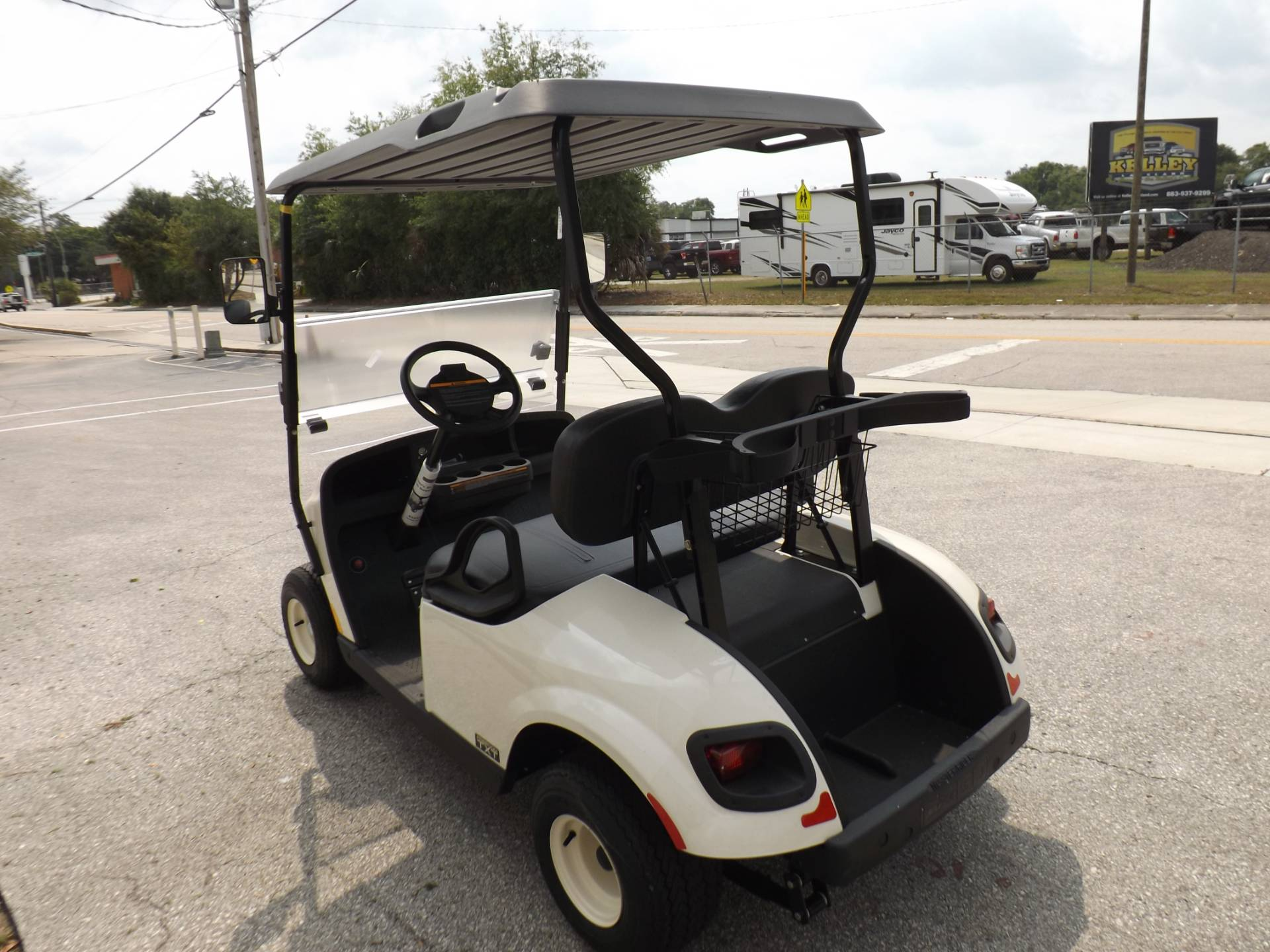 2019 E-Z-GO Freedom TXT Gas in Lakeland, Florida - Photo 5