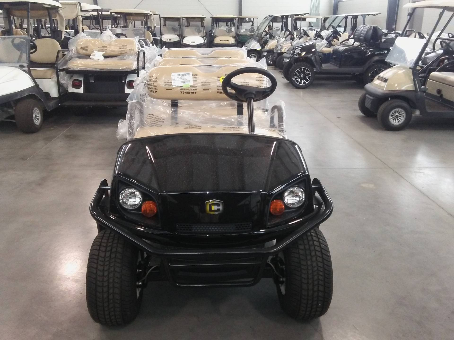 2019 Cushman Shuttle 8 EFI Gas in Lakeland, Florida - Photo 4